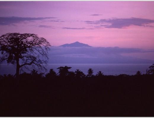 Bioko vista desde Victoria, Camerún, 1982 NEW