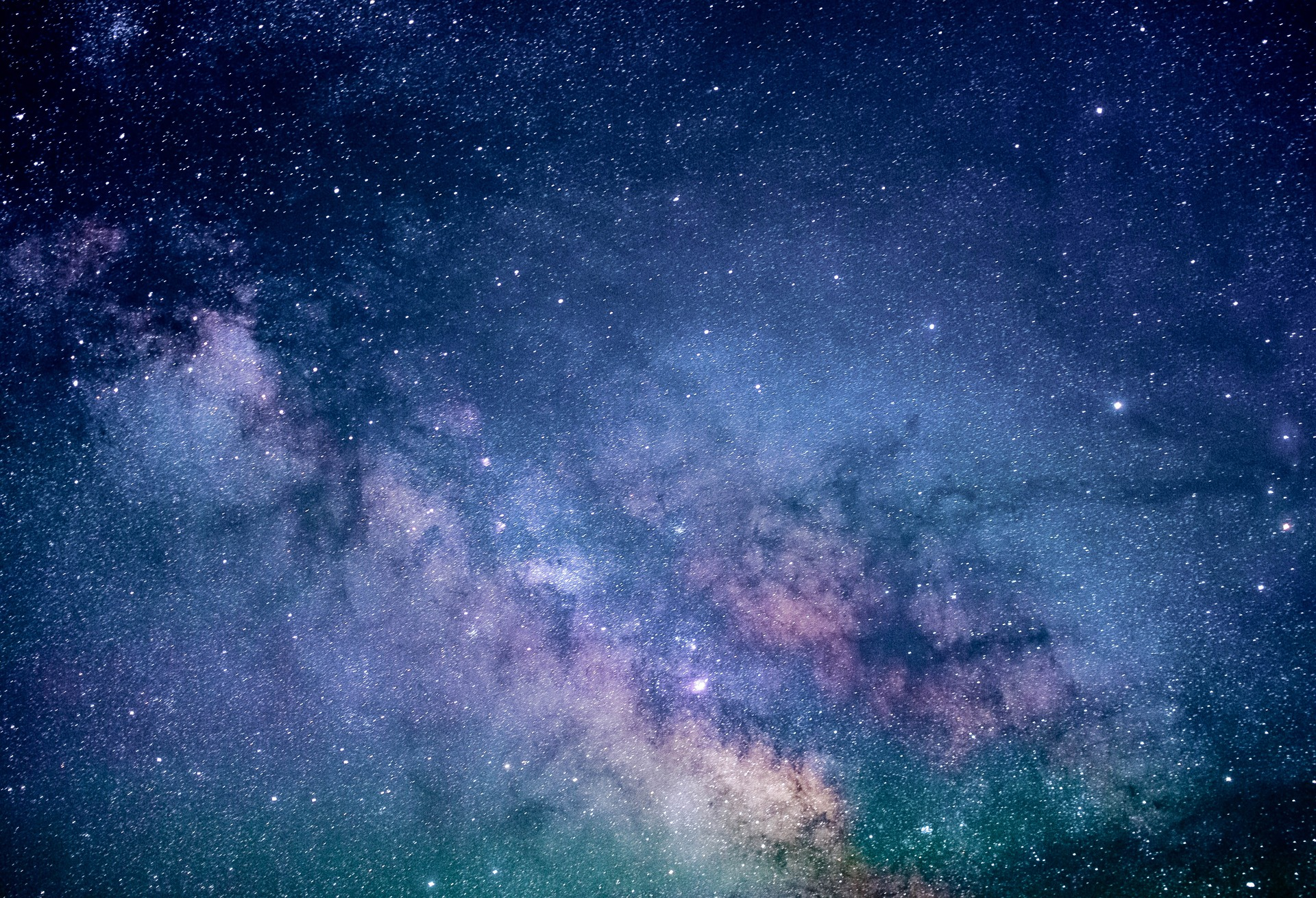 Los extraterrestres  viven en el planeta tierra