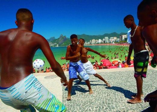 futbol-calles-brasil